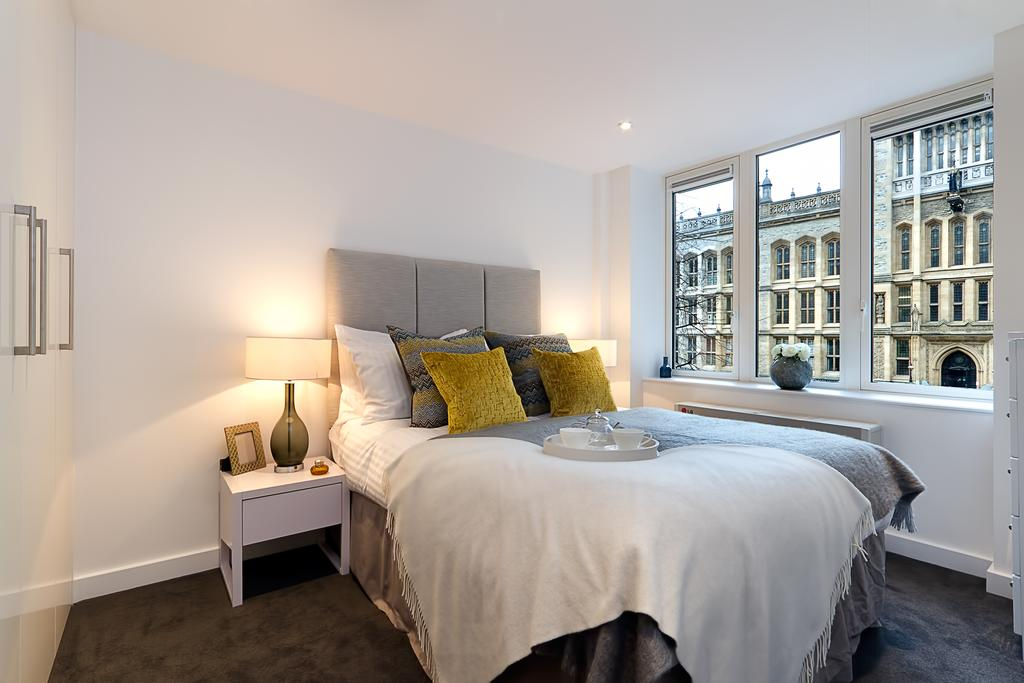 Serviced-Accommodation-Holborn---Fetter-Lane-Apartments-Near-Somerset-House---Urban-Stay-1