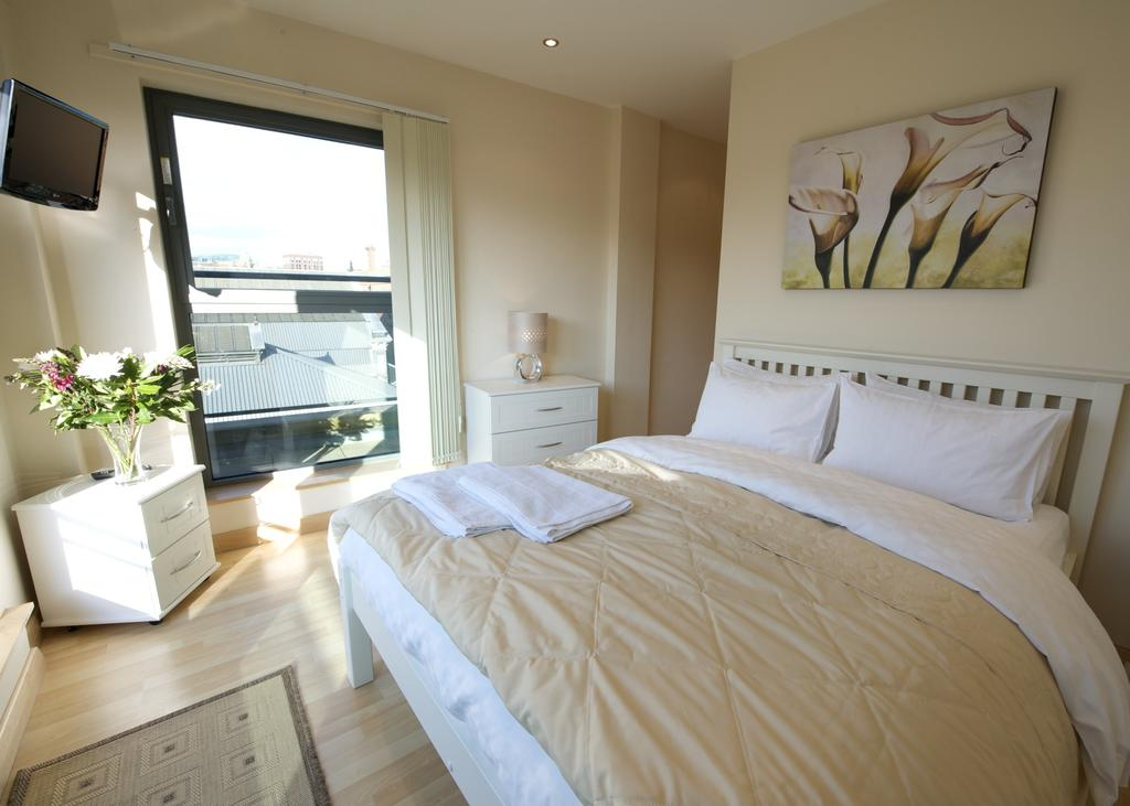 Serviced-Accommodation-Manchester---City-Centre-Apartments-Near-Manchester-Arena---Urban-Stay-13
