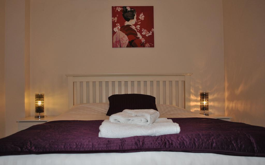 Serviced-Accommodation-Manchester---City-Centre-Apartments-Near-Manchester-Arena---Urban-Stay-9