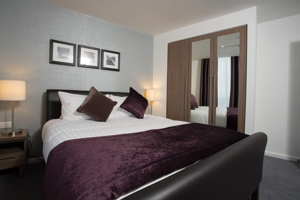 Serviced Accommodation in Birmingham - Martineau Place Apartments - Urban Stay 12