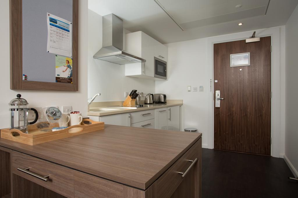 Serviced-Accommodation-in-Birmingham---Martineau-Place-Apartments---Urban-Stay-16