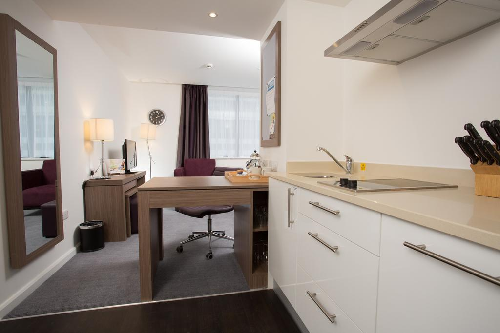 Serviced-Accommodation-in-Birmingham---Martineau-Place-Apartments---Urban-Stay-18