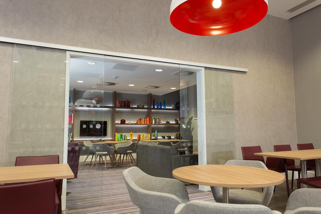 Serviced-Accommodation-in-Birmingham---Martineau-Place-Apartments---Urban-Stay-2