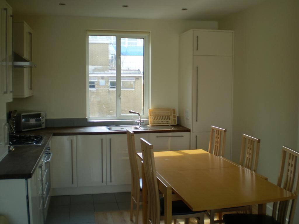 Serviced-Apartments-Camden---Euston-Apartments---North-london---Urban-Stay-14