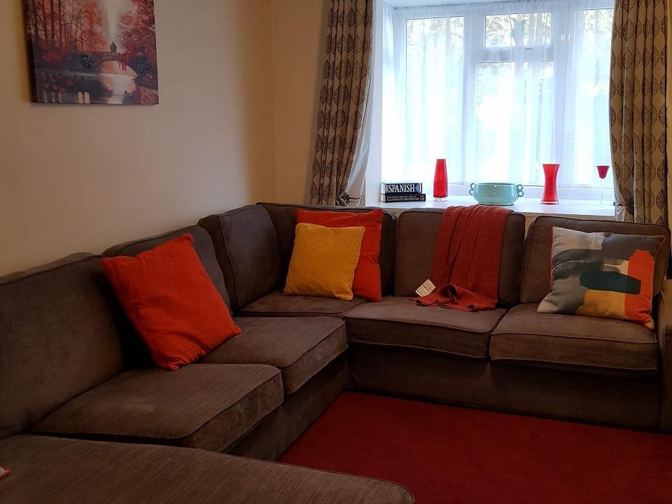 Serviced-Apartments-Luton-Ravenhill-House-Apartments-Near-Kenilworth-Road-Stadium-Urban-Stay-10