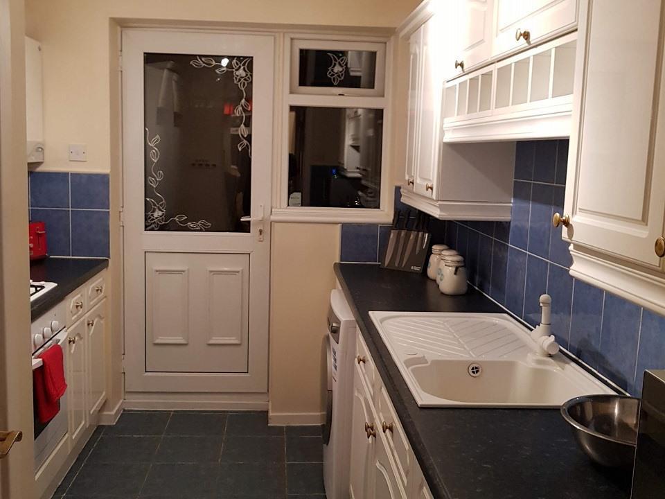 Serviced-Apartments-Luton-Ravenhill-House-Apartments-Near-Kenilworth-Road-Stadium-Urban-Stay-12