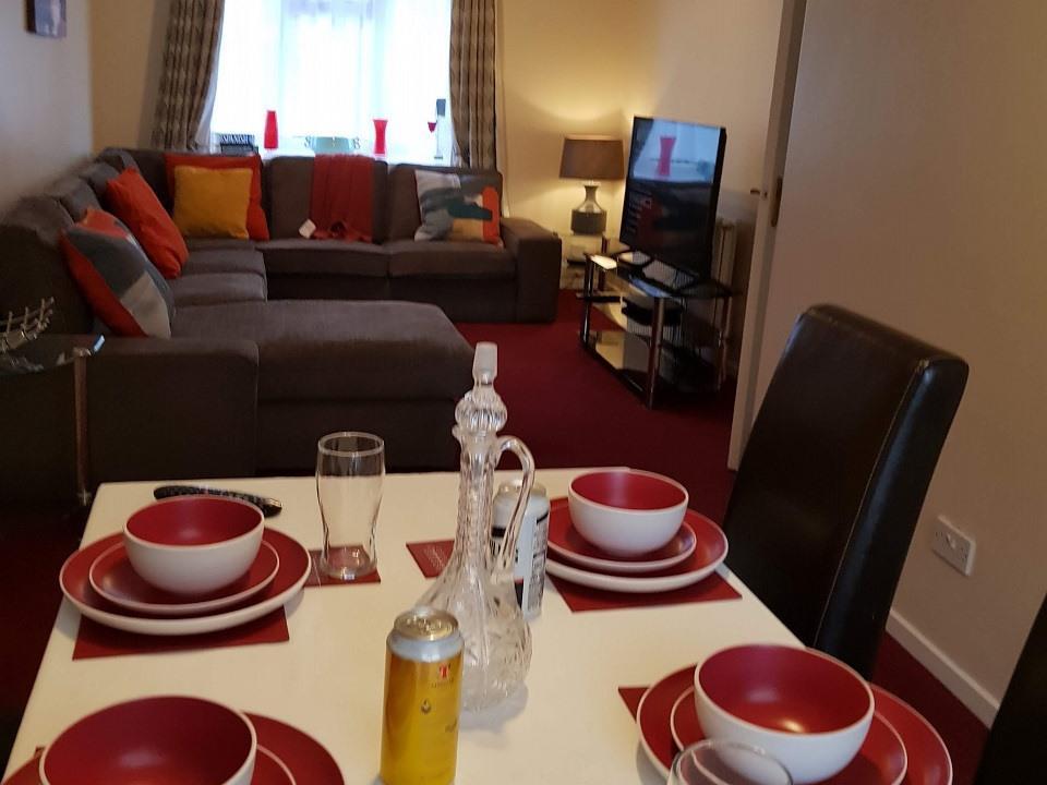 Serviced-Apartments-Luton-Ravenhill-House-Apartments-Near-Kenilworth-Road-Stadium-Urban-Stay-20