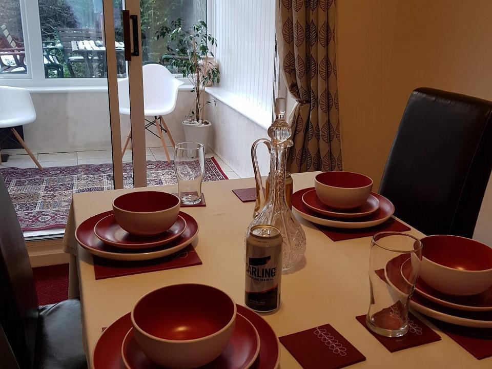 Serviced-Apartments-Luton-Ravenhill-House-Apartments-Near-Kenilworth-Road-Stadium-Urban-Stay-4