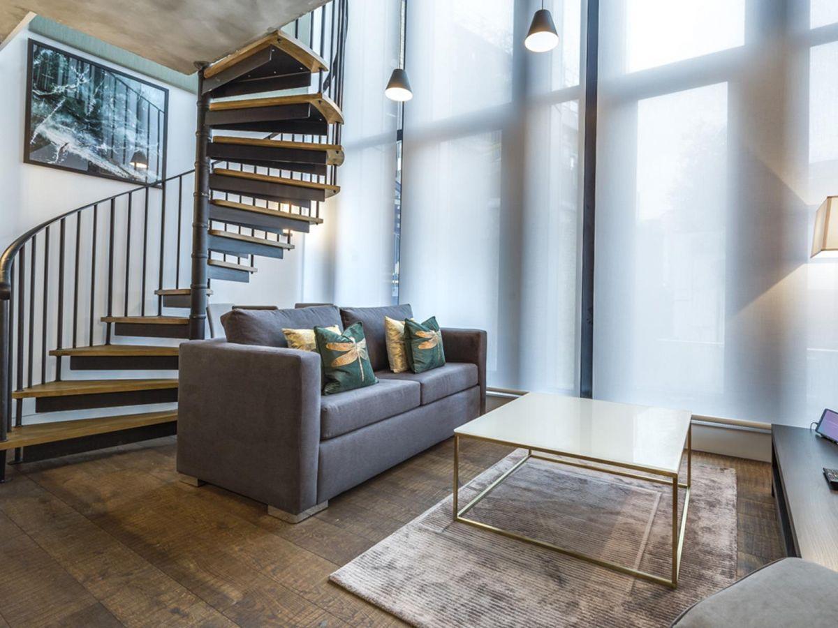 Serviced-Apartments-Soho---Soho-Lofts-Apartments-Near-Leicester-Square---Urban-Stay-1