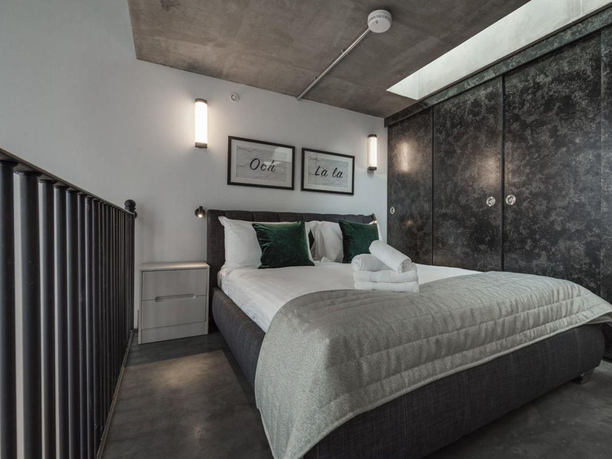 Serviced-Apartments-Soho---Soho-Lofts-Apartments-Near-Leicester-Square---Urban-Stay-5