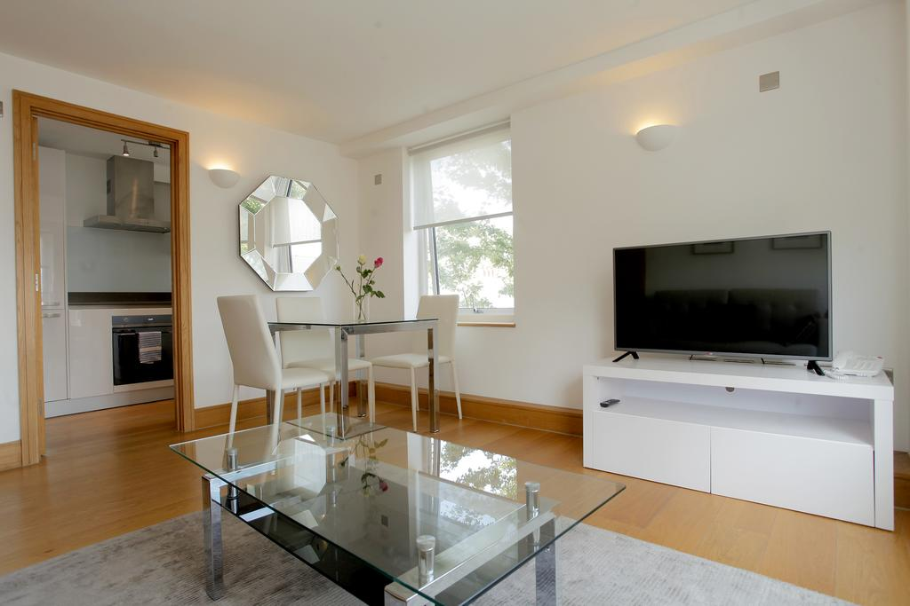 Serviced-Apartments-in-Chelsea-Milman's-Street-Accommodation-Central-London-Urban-Stay-1