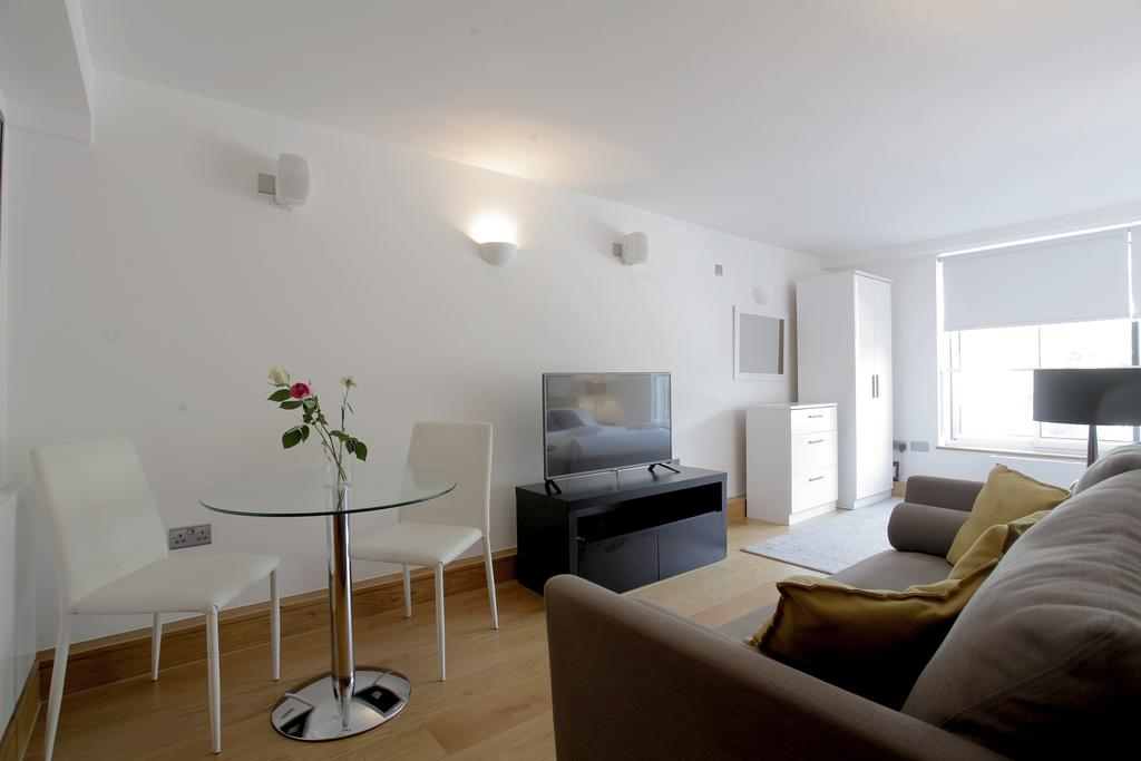Serviced-Apartments-in-Chelsea-Milman's-Street-Accommodation-Central-London-Urban-Stay-21