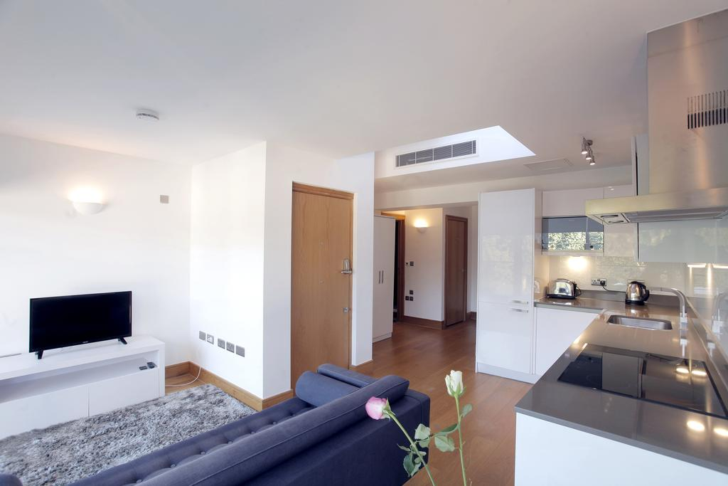 Serviced-Apartments-in-Chelsea-Milman's-Street-Accommodation-Central-London-Urban-Stay-4