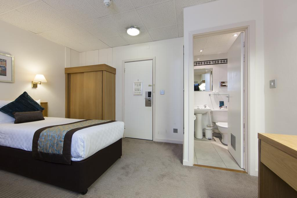 Serviced-Apartments-in-Shoreditch-near-Barbican-Tube-Stations---Central-Street-London---Urban-Stay-17