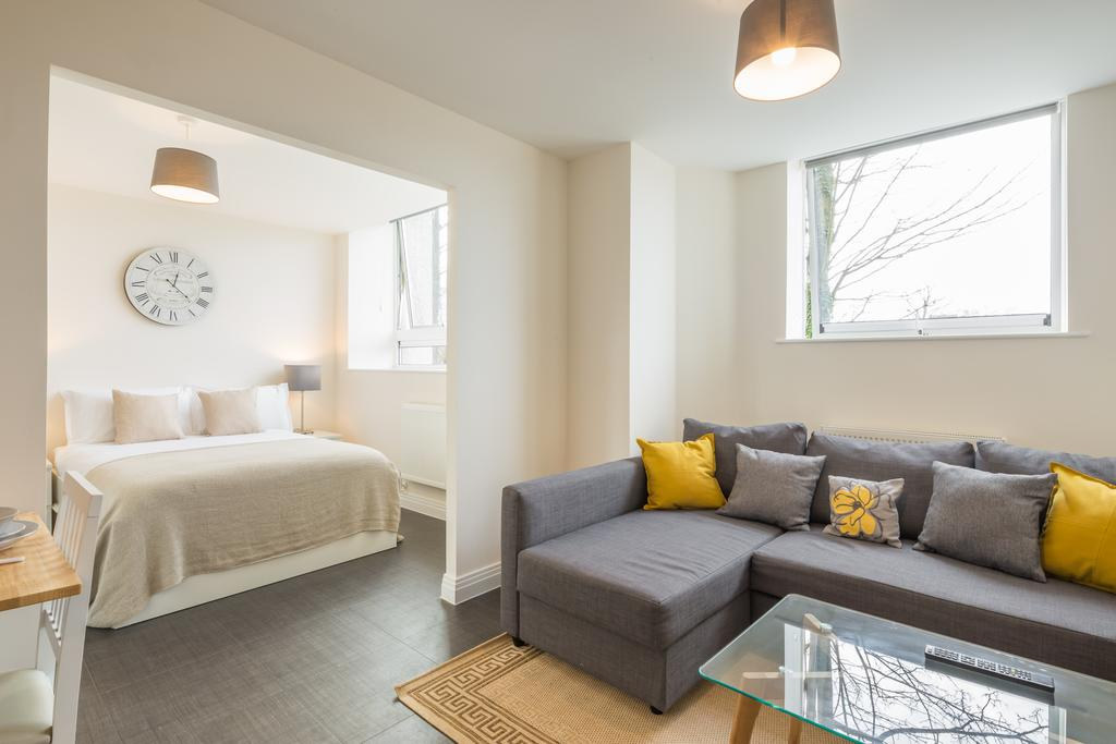 Stevenage-Accommodation---Swingate-Short-Stay-Serviced-Apartments---Urban-Stay-13