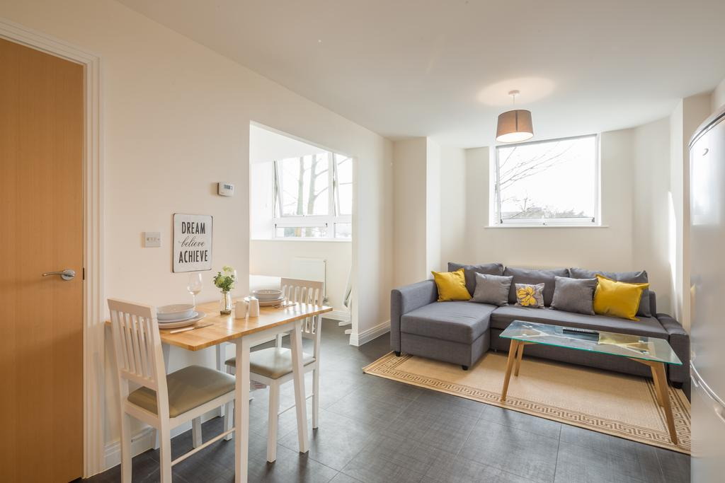 Stevenage-Accommodation---Swingate-Short-Stay-Serviced-Apartments---Urban-Stay-14