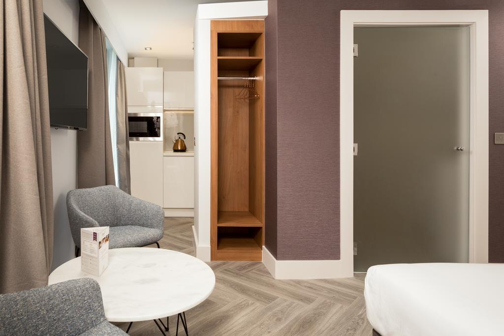 Stratford-Serviced-Accommodation---London-Stratford-Apartments-Near-Olympic-Stadium---Urban-Stay-13