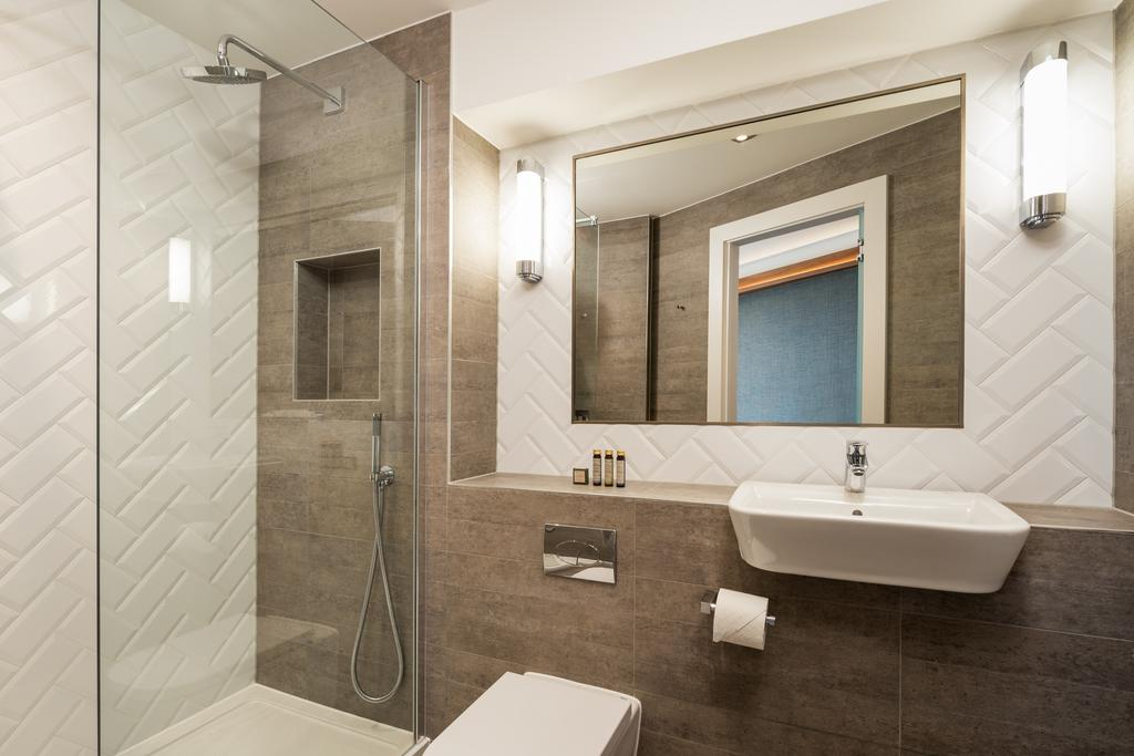 Stratford-Serviced-Accommodation---London-Stratford-Apartments-Near-Olympic-Stadium---Urban-Stay-14