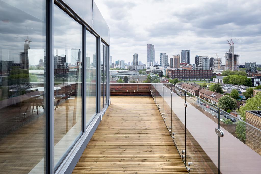 Stratford-Serviced-Accommodation---London-Stratford-Apartments-Near-Olympic-Stadium---Urban-Stay-15
