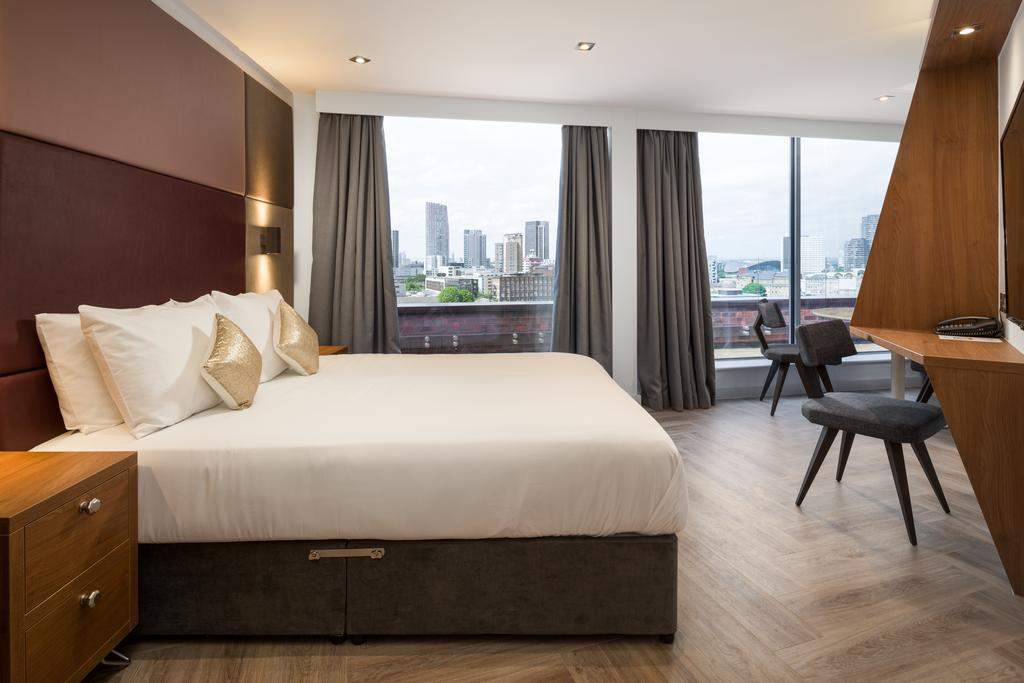 Stratford-Serviced-Accommodation---London-Stratford-Apartments-Near-Olympic-Stadium---Urban-Stay-18