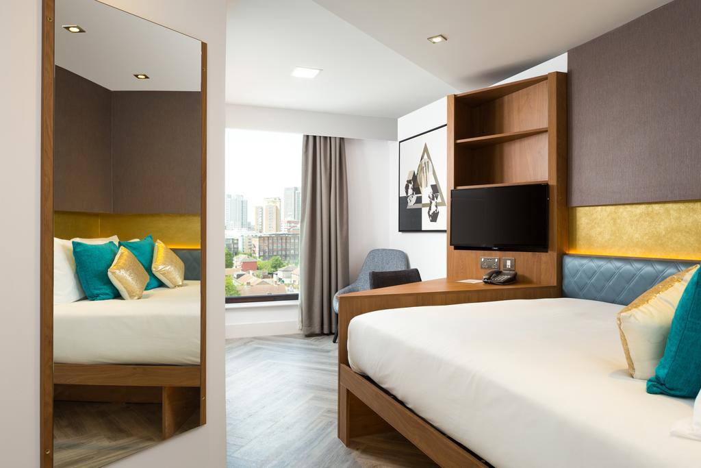 Stratford-Serviced-Accommodation---London-Stratford-Apartments-Near-Olympic-Stadium---Urban-Stay-6