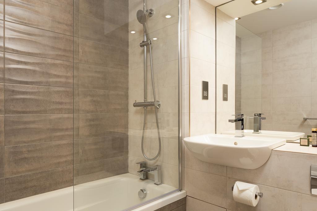 Stratford-Serviced-Accommodation---London-Stratford-Apartments-Near-Olympic-Stadium---Urban-Stay-7