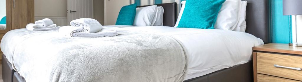 Swindon Serviced Accommodation - Wessex Court Apartments - Lydiard Park - Urban Stay 11