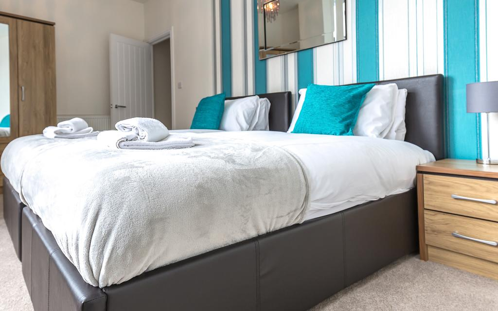 Swindon-Serviced-Accommodation---Wessex-Court-Apartments---Lydiard-Park---Urban-Stay-11