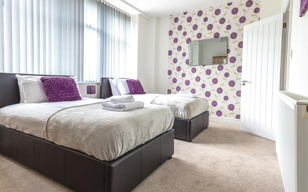 Swindon-Serviced-Accommodation---Wessex-Court-Apartments---Lydiard-Park---Urban-Stay-12