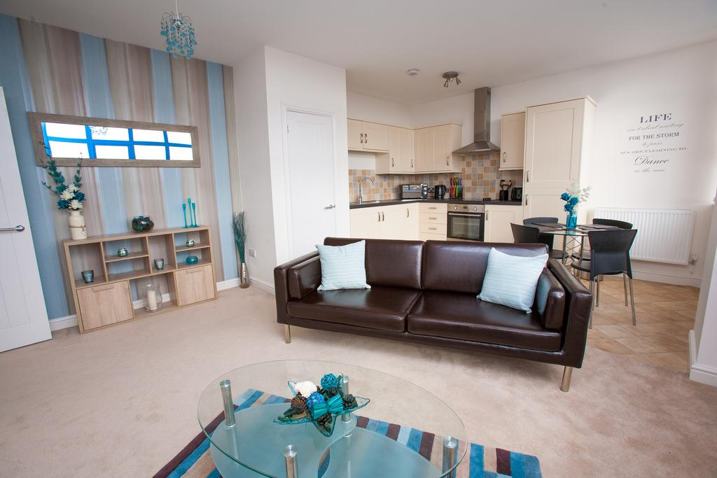 Swindon-Serviced-Accommodation---Wessex-Court-Apartments---Lydiard-Park---Urban-Stay-20