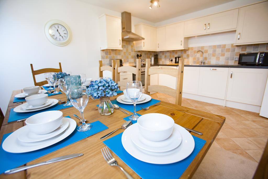 Swindon-Serviced-Accommodation---Wessex-Court-Apartments---Lydiard-Park---Urban-Stay-21