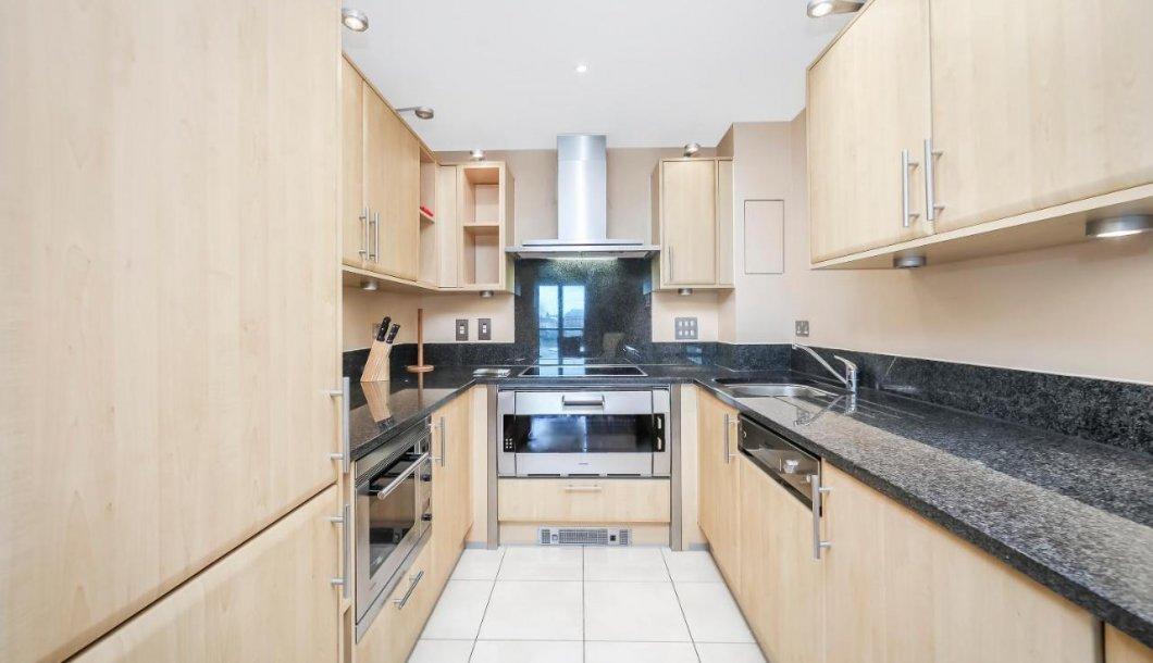 Vauxhall-Serviced-Accommodation---Vauxhall-London-Apartments-Near-The-London-Eye---Urban-Stay-11