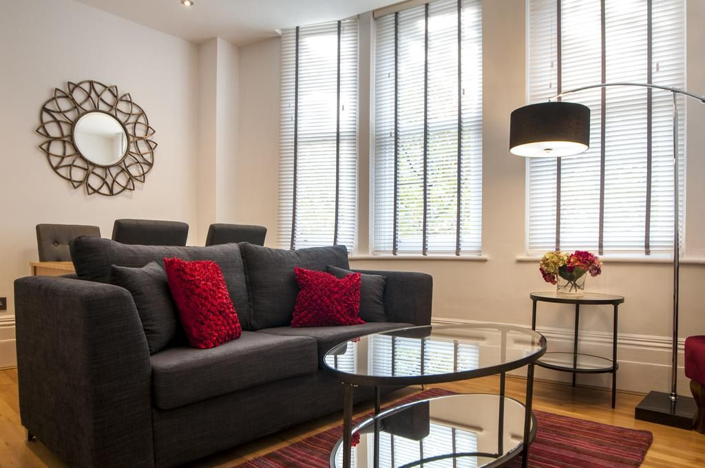 West-End-Luxury-Accommodation---Garrick-Mansions-Apartments-Near-Queen's-Theatre---Urban-Stay-2
