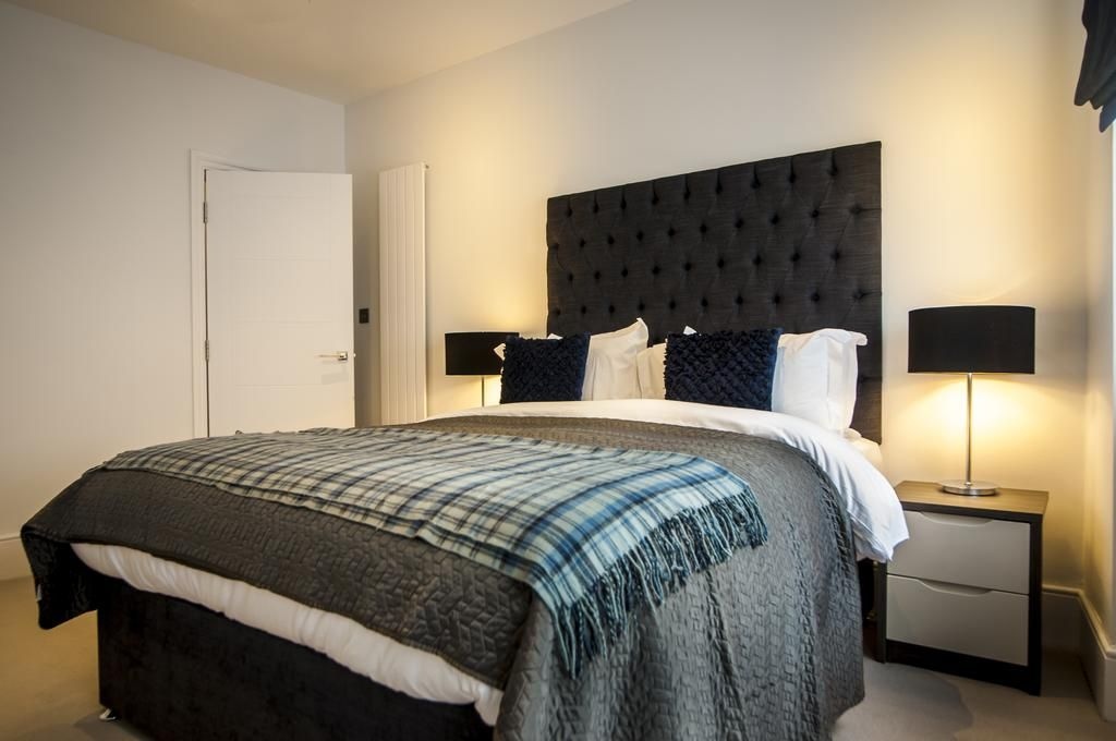 West-End-Luxury-Accommodation---Garrick-Mansions-Apartments-Near-Queen's-Theatre---Urban-Stay-4