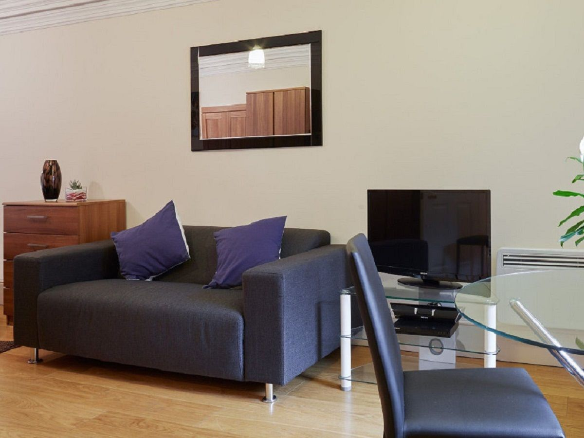 West-End-Serviced-Accommodation---Charing-Cross-Apartments-Near-British-Museum---Urban-Stay-1