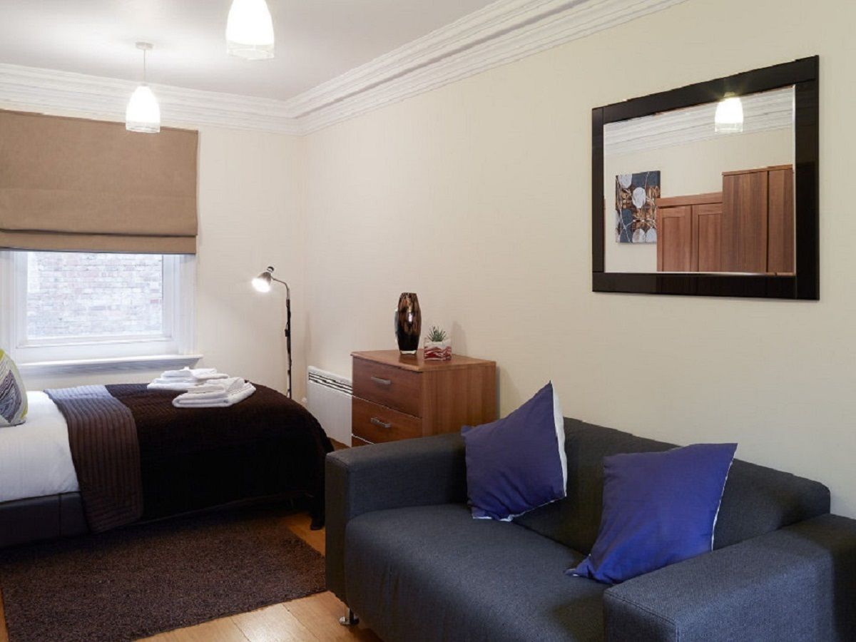 West-End-Serviced-Accommodation---Charing-Cross-Apartments-Near-British-Museum---Urban-Stay-2