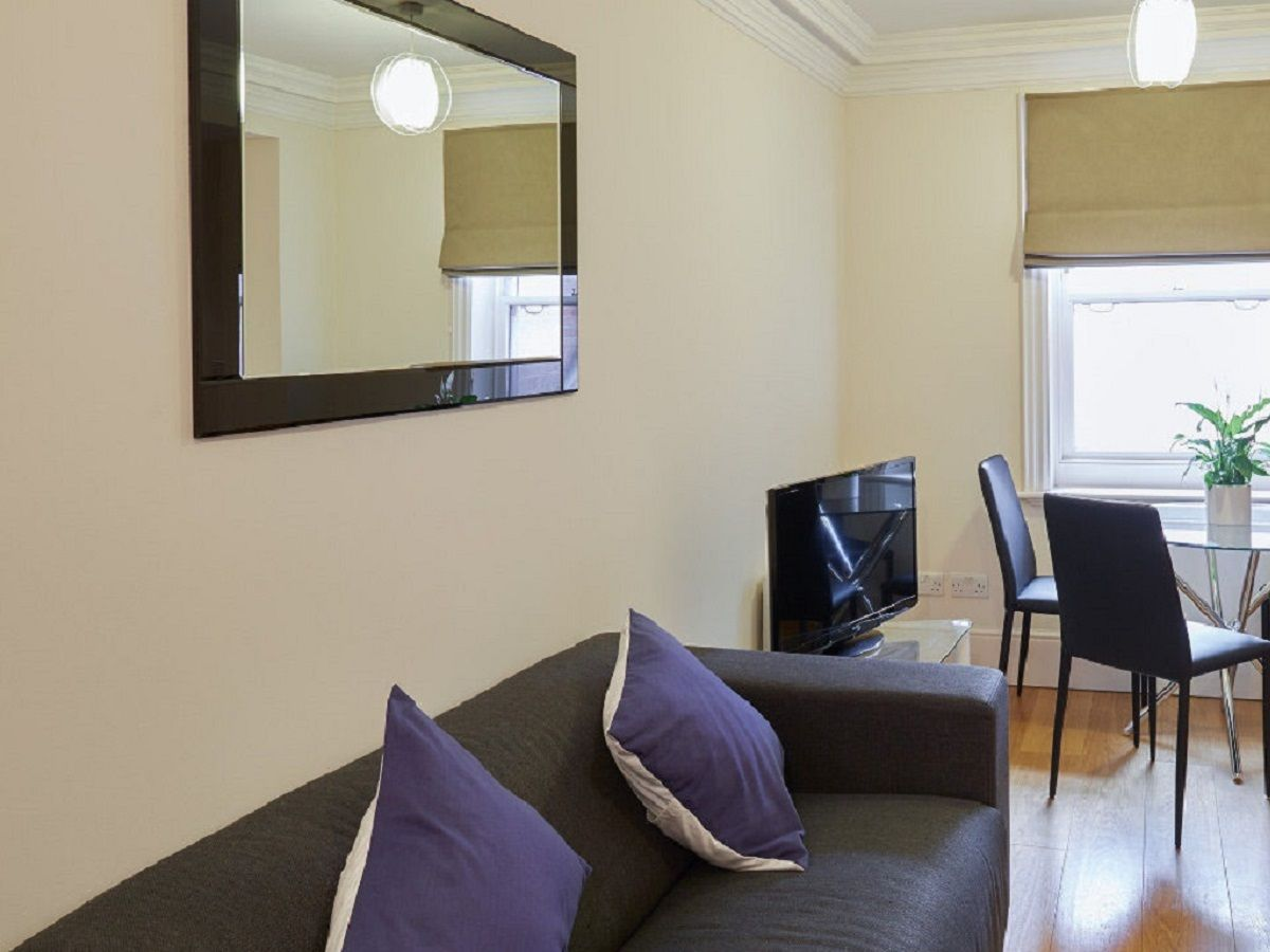 West-End-Serviced-Accommodation---Charing-Cross-Apartments-Near-British-Museum---Urban-Stay-4