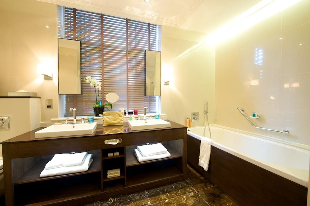 Westminster-Corporate-Apartments---Buckingham-Gate-Suites-Apartments---Central-London---Urban-Stay-10