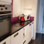 Book your Serviced Accommodation in Bedfordshire I Luton Short Let Accommodation - Preston Gardens IFree On-Site Parking, Fully Equipped Kitchen + Free Wifi