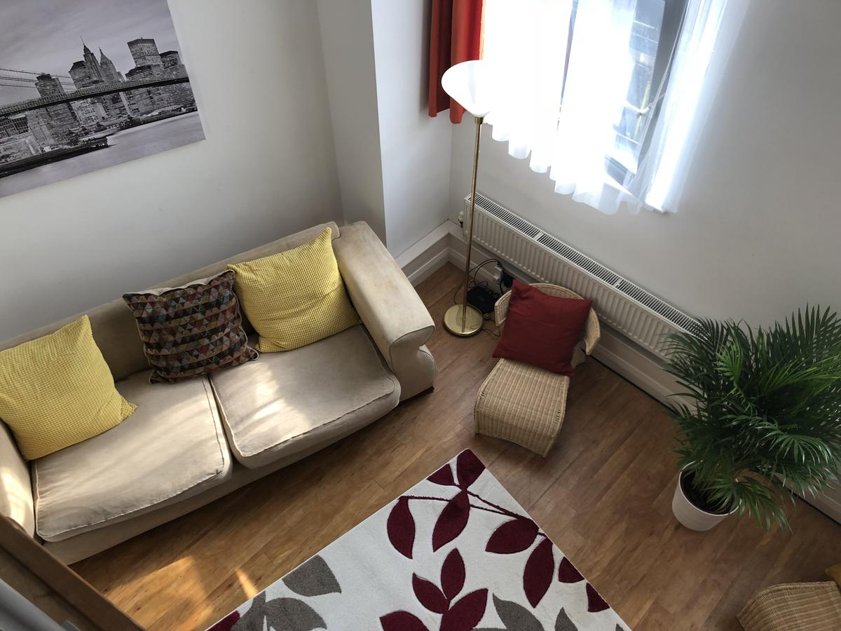 Book-our-Nottingham-Serviced-Apartments-I-Crusader-MezzanineCheap-Short-Let-Apartments-in-Nottinghamshire-Available-Now-ISecure-On-Site-Parking-&-Free-Wifi