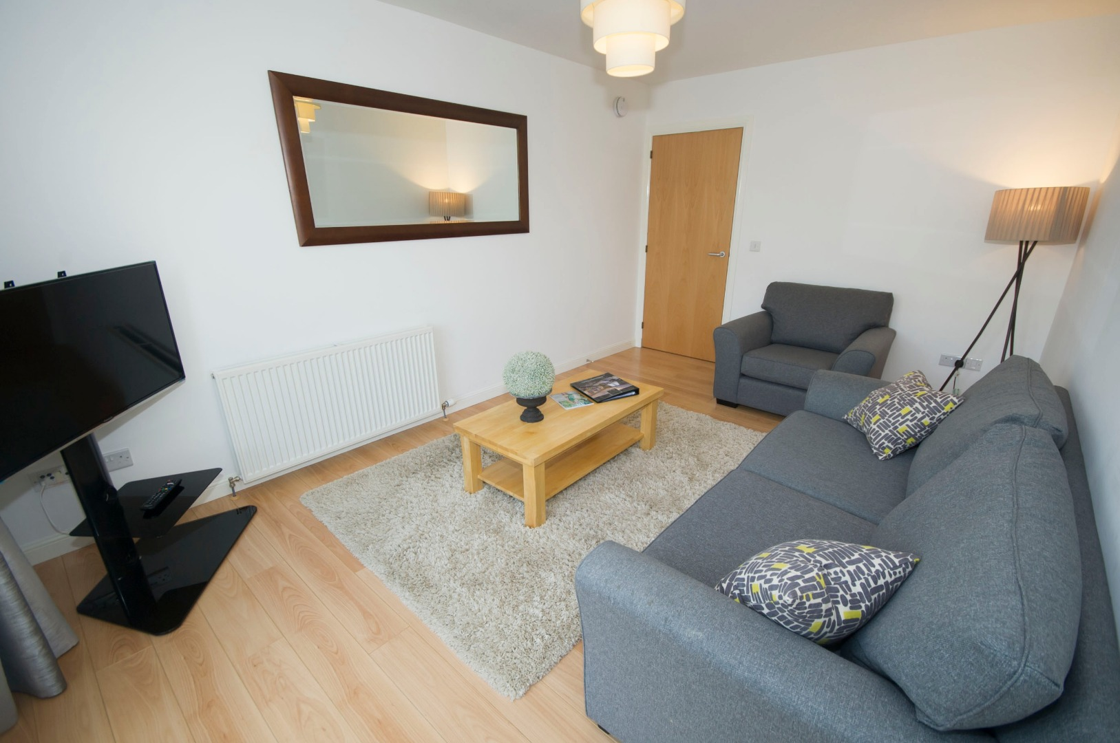 Aberdeen-Corporate-Luxury-Accommodation---Portland-Street-Apartments-Near-Union-Square-Shopping-Centre---Urban-Stay-5