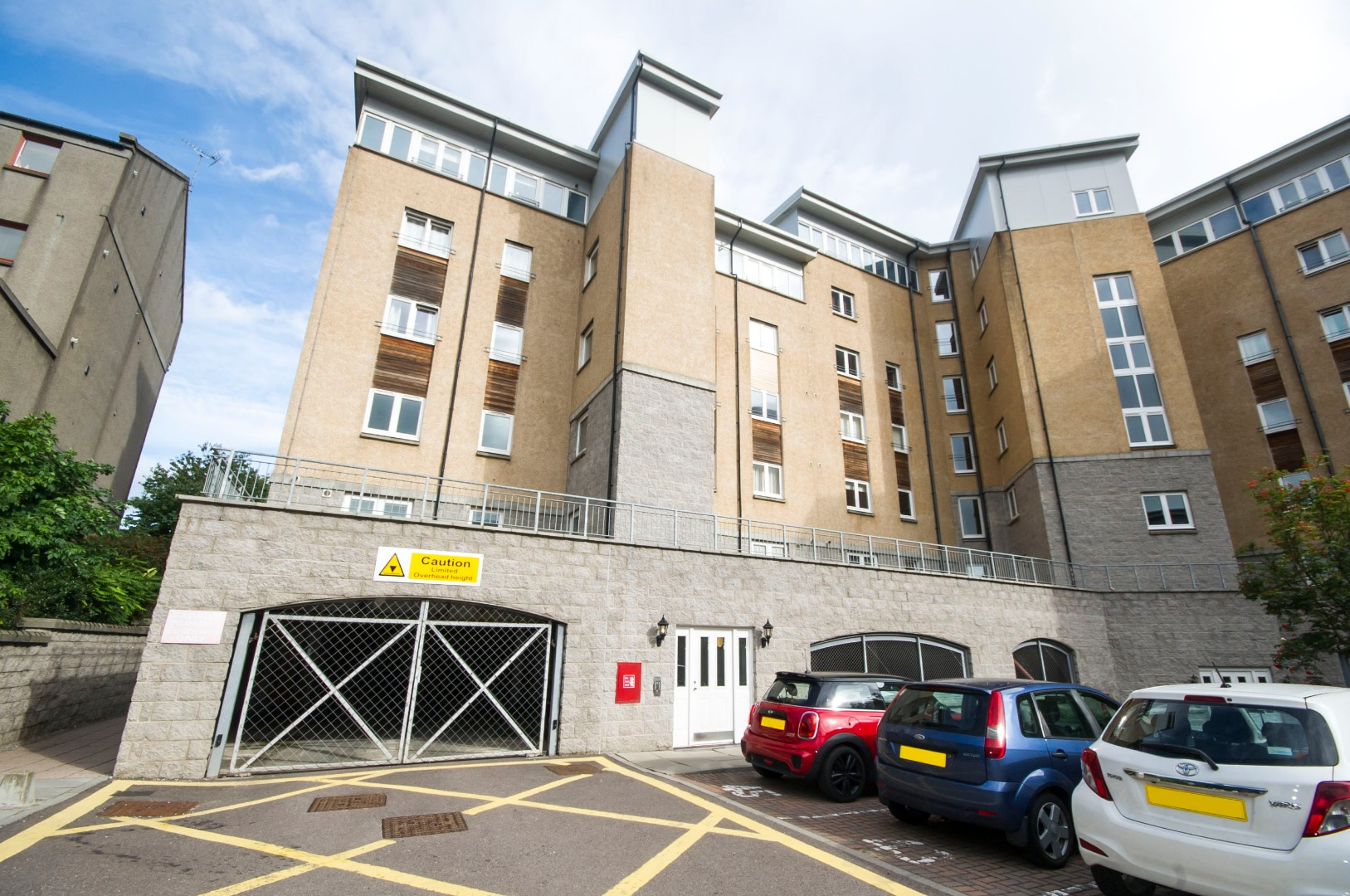 Aberdeen-Corporate-Luxury-Accommodation---Portland-Street-Apartments-Near-Union-Square-Shopping-Centre---Urban-Stay-7