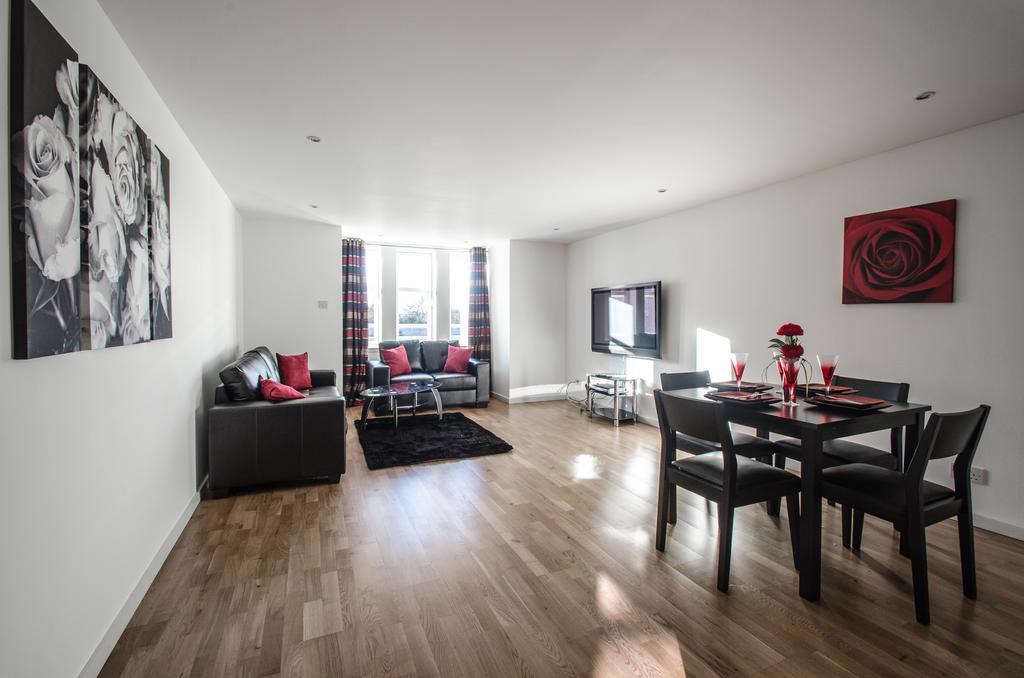 Aberdeen Serviced Apartments - Polmuir Gardens Apartments Near Beach Ballroom - Urban Stay 2