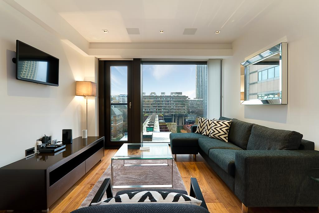 Barbican Luxury Accommodation - Roman House Apartments Near Moorgate Tube station - Urban Stay 2