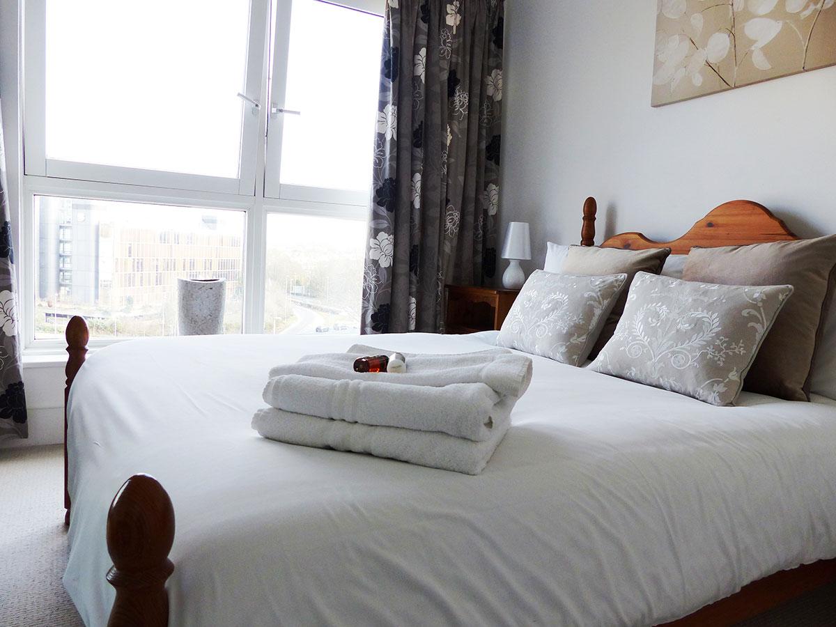 Basingstoke-Corporate-Accommodation---Skyline-Plaza-Apartments-Near-Festival-Place-Shopping-Centre---Urban-Stay-9