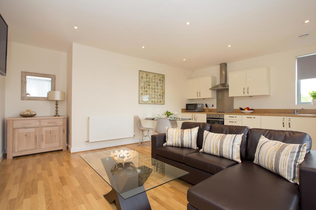 Basingstoke Luxury Serviced Apartments - Western Gate Apartments Near Basingstoke Railway Station - Urban Stay 2