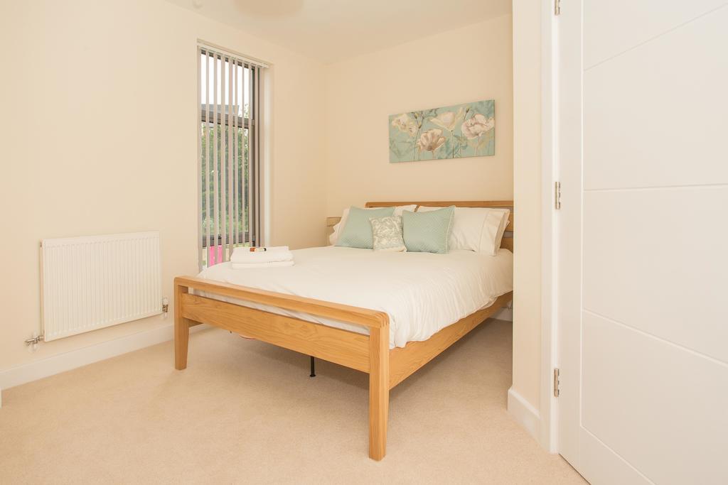 Basingstoke-Luxury-Serviced-Apartments---Western-Gate-Apartments-Near-Basingstoke-Railway-Station---Urban-Stay-3