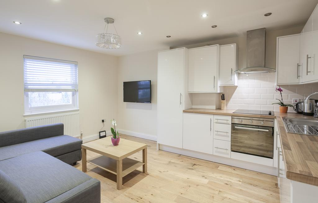 Camden-Luxury-Serviced-Accommodation---Kilburn-Apartments-Near-Lord's-Cricket-Ground---Urban-Stay-(11)