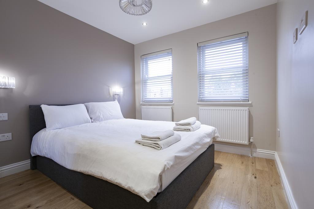 Camden-Luxury-Serviced-Accommodation---Kilburn-Apartments-Near-Lord's-Cricket-Ground---Urban-Stay-(15)
