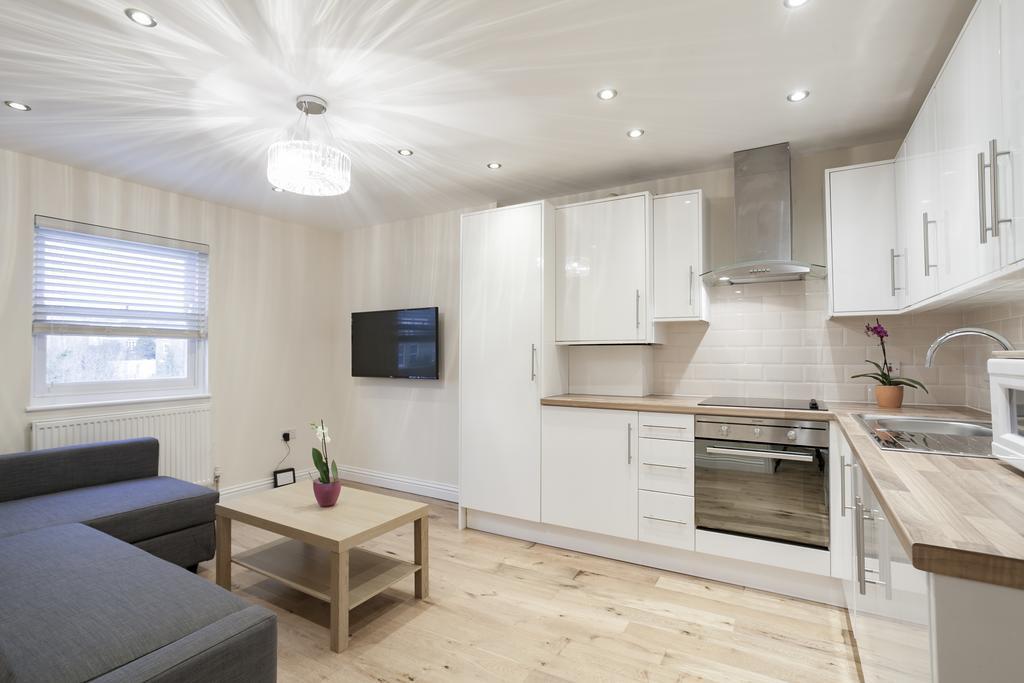 Camden-Luxury-Serviced-Accommodation---Kilburn-Apartments-Near-Lord's-Cricket-Ground---Urban-Stay-(16)